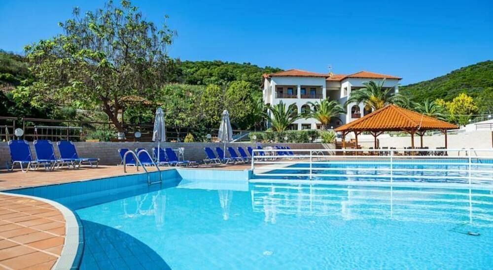 Holidays at Theoxenia Hotel in Ouranopoulis, Halkidiki
