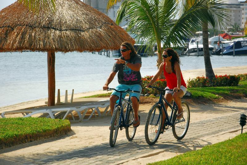 Sunset Marina Resort And Yacht Club Cancun Mexico Book