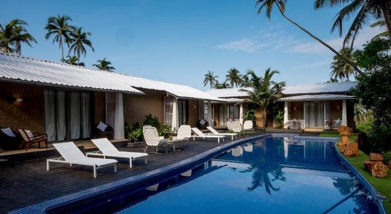 Holidays at Casa Vagator Hotel in Anjuna Beach, Goa