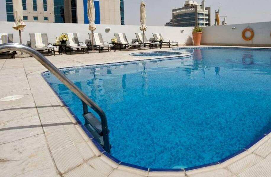 Holidays at Time Topaz Hotel Apartments in Sheikh Zayed Road, Dubai