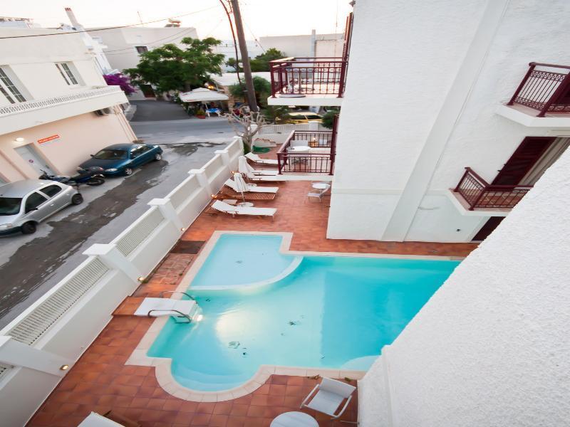Holidays at Aeolis Hotel in Agios Georgios, Naxos Island