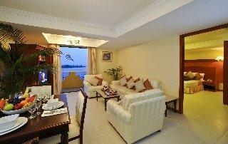 Mookai Suites Hotel