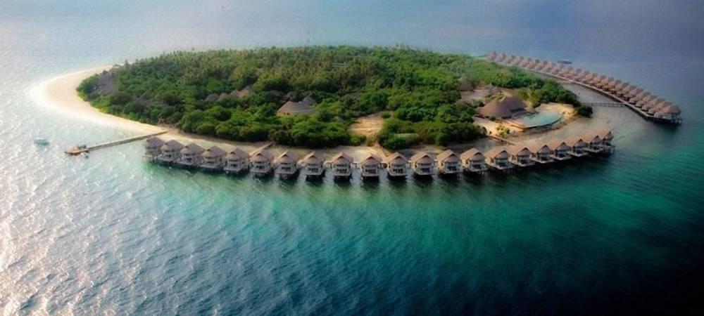 Holidays at J Resort Alidhoo Hotel in Maldives, Maldives