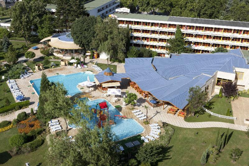 Holidays at Dobrotitsa Hotel in Albena, Bulgaria