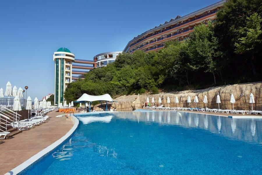 Holidays at Paradise Beach Hotel in Sveti Vlas, Bulgaria