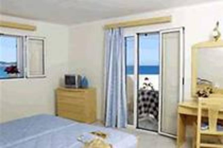 Holidays at Windmill Bay Aparthotel in Argassi, Zante
