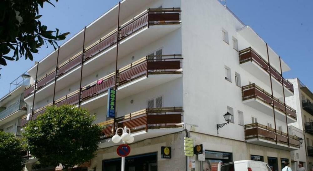 Holidays at Mar Bella Hotel in Tossa de Mar, Costa Brava