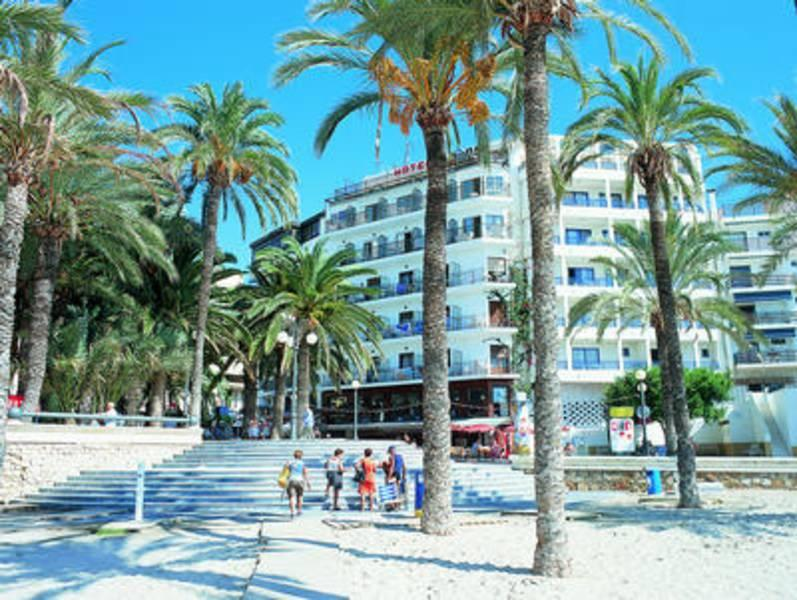 Holidays at Colon Hotel in Benidorm, Costa Blanca