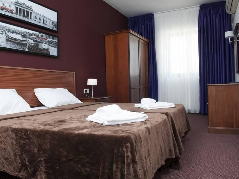 Sliema hotel sliema malta book sliema hotel online for Hotels malte