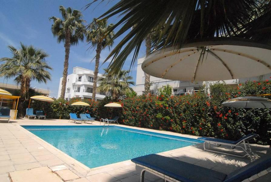 Holidays at Sunflower Hotel Apartments in Larnaca, Cyprus