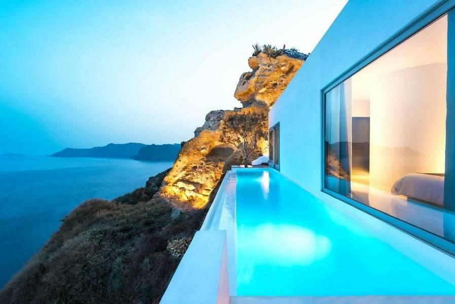 Holidays at Andronis Suites Hotel in Oia, Santorini