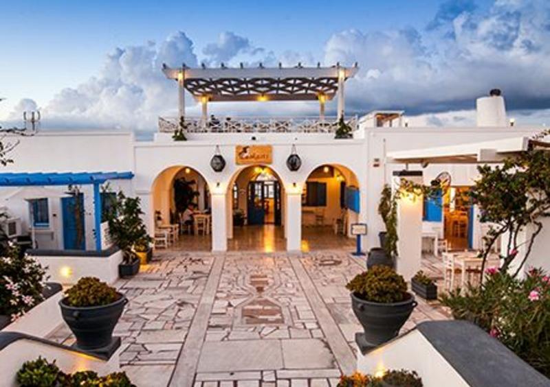 Holidays at Laokasti Villas in Oia, Santorini