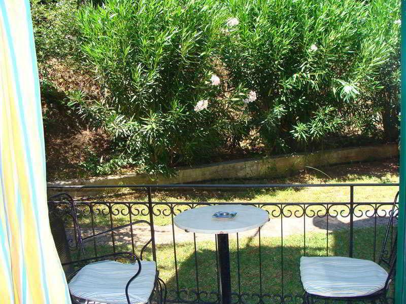 Holidays at Alexandros Gerekos Apartments in Kontokali, Corfu