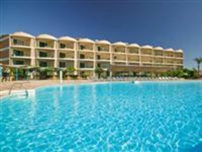 Holidays at Samaka Comfort Resort Hotel in Hurghada, Egypt