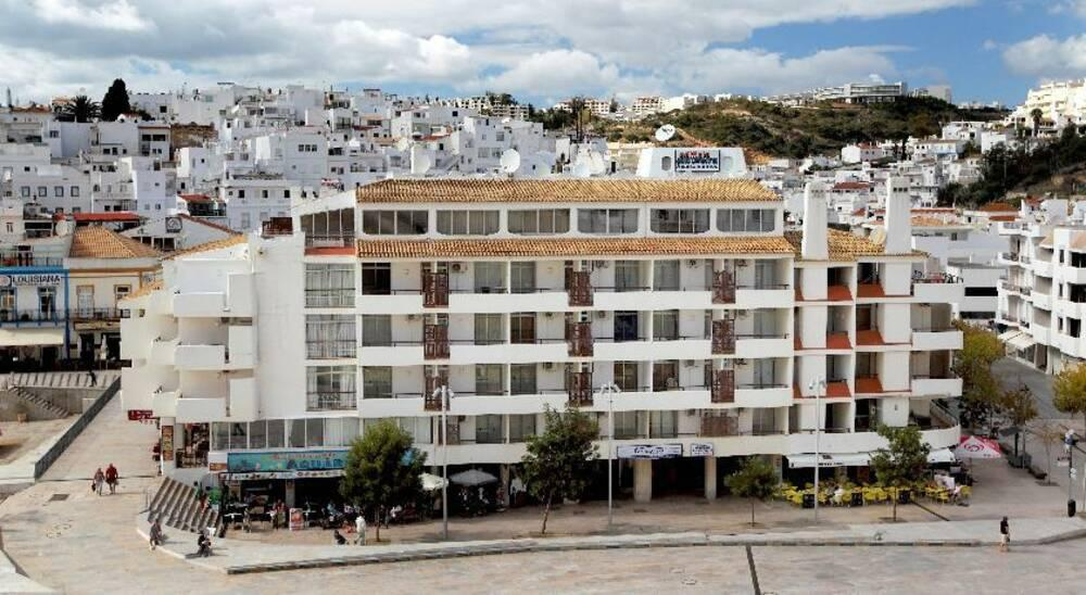 Holidays at Edificio Albufeira Apartments in Albufeira, Algarve