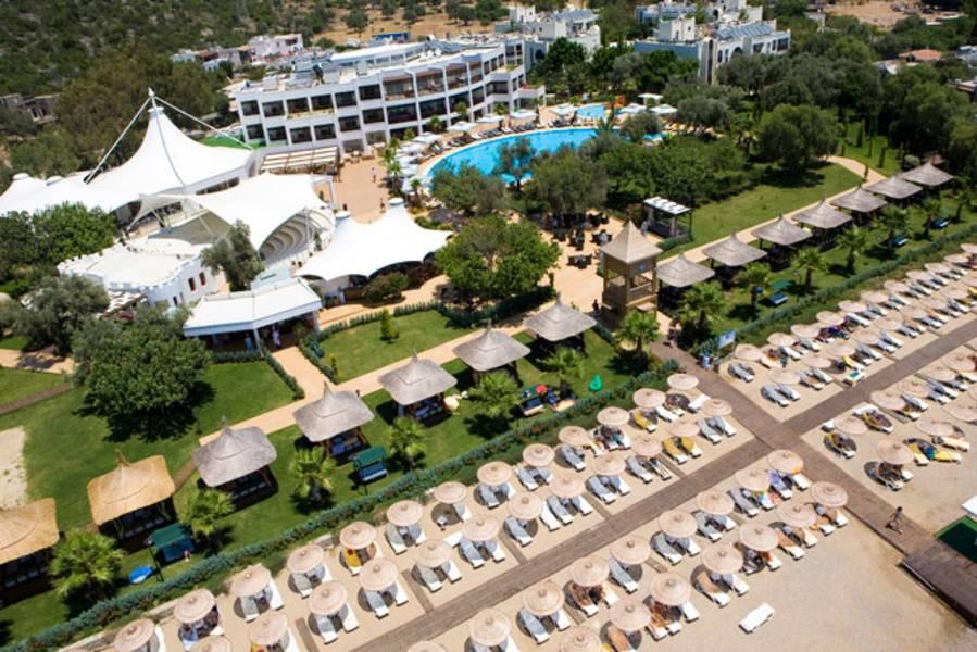 Holidays at Latanya Park Resort Hotel in Bodrum Yaliciftlik, Bodrum Region