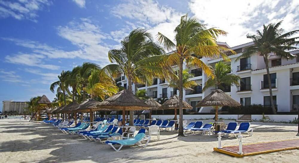 Holidays at The Royal Cancun, All Suites Resort in Cancun, Mexico