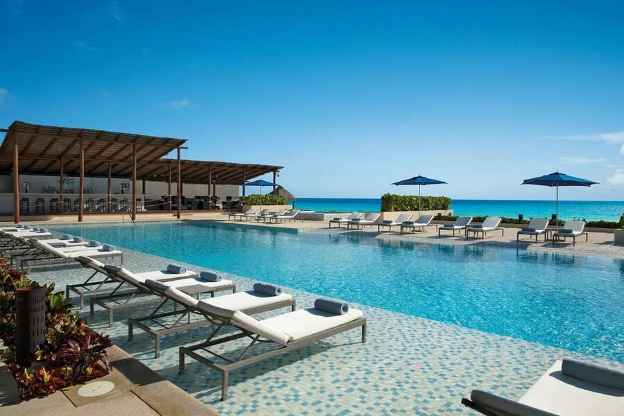 Holidays at Secrets The Vine Cancun Hotel - Adults Only in Cancun, Mexico