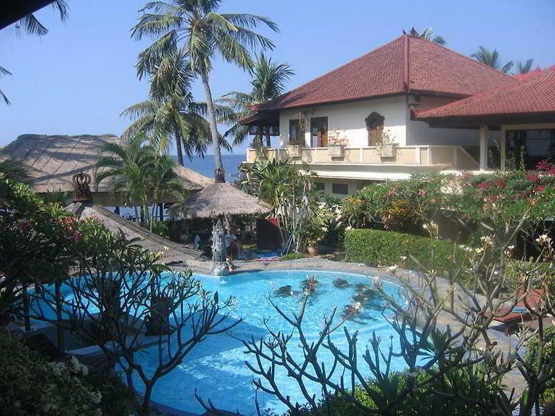 Holidays at Adi Rama Beach Hotel in Lovina, Bali