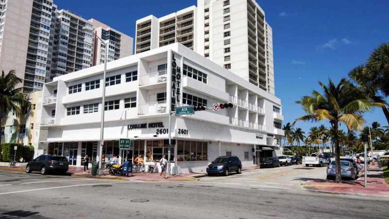 Holidays at Lorraine Hotel in Miami Beach, Miami