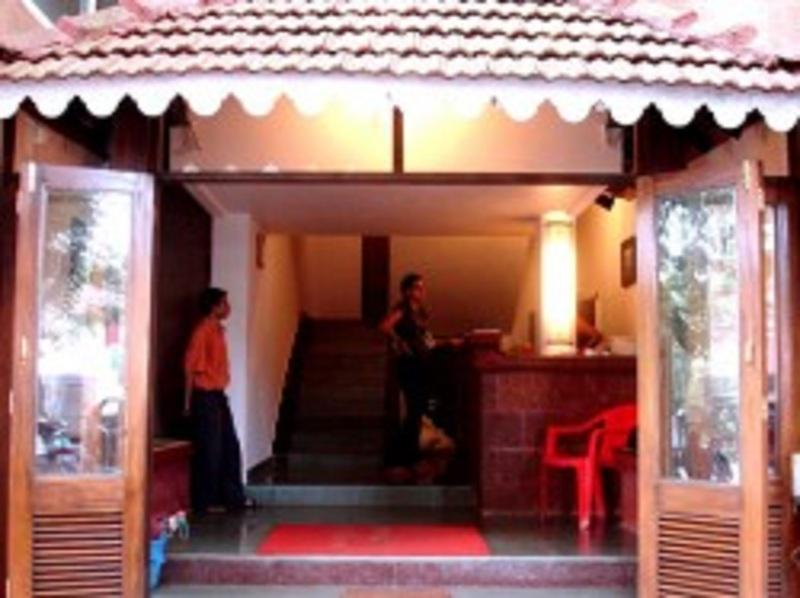 Holidays at Paradise Inn Hotel in Goa, India