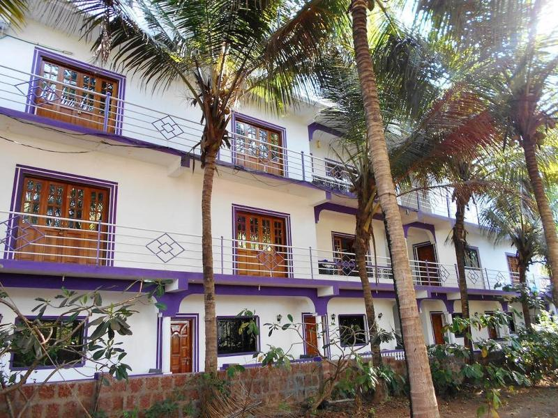 Holidays at White Feather Guest House in Morjim, Goa