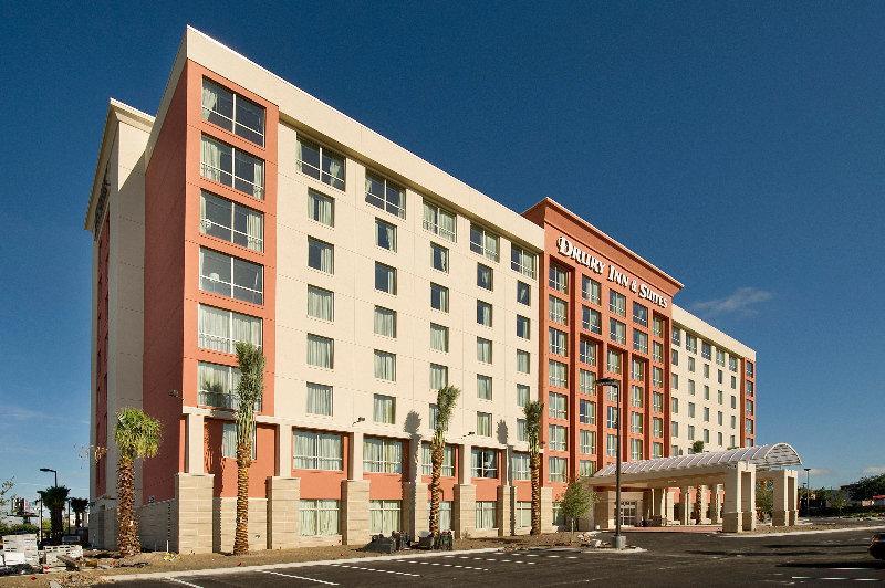 Holidays at Drury Inn & Suites Orlando in Orlando International Drive, Florida