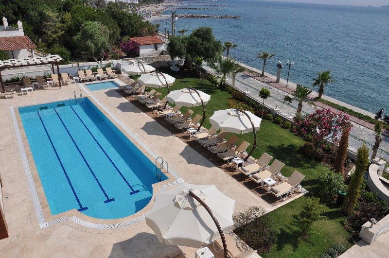 Holidays at Small Beach Hotel in Turgutreis, Bodrum Region