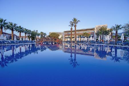 Holidays at Palm Wings Kusadasi Beach Resort in Davutlar, Kusadasi Region