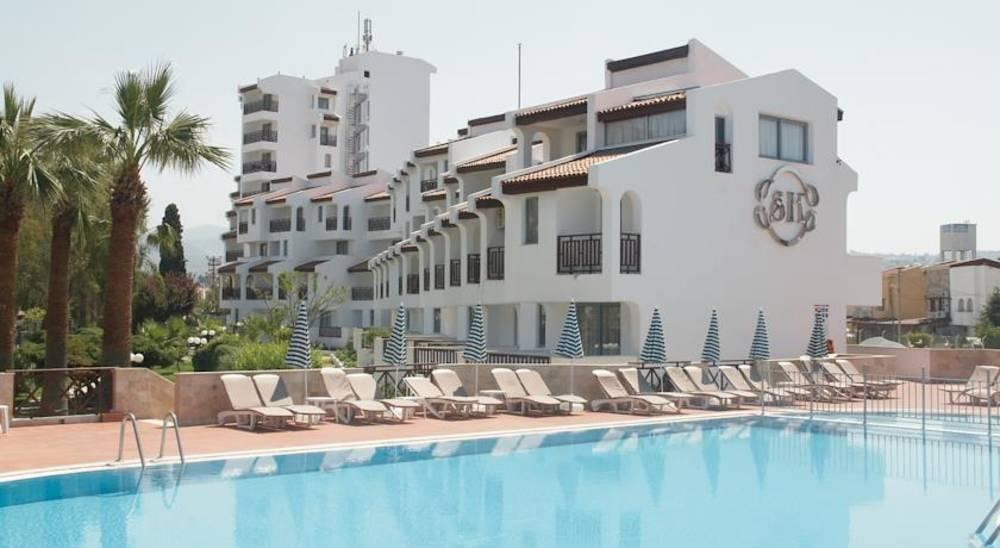Holidays at Sentinus Hotel in Kusadasi, Bodrum Region