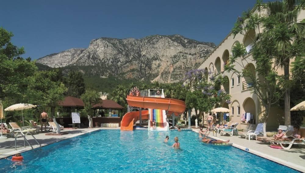 Holidays at Golden Sun Hotel in Kemer, Antalya Region