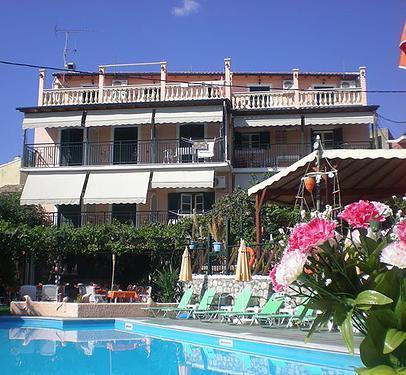 Holidays at Argo Studios in Benitses, Corfu