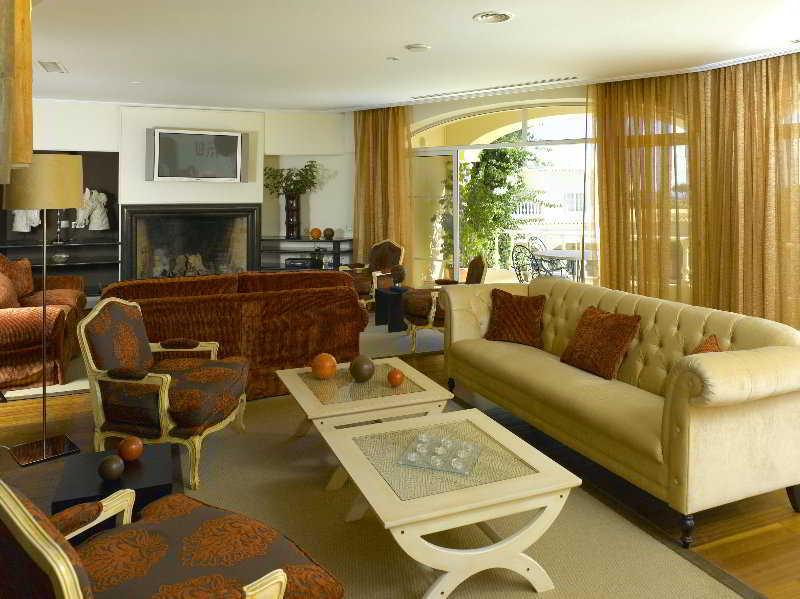 Holidays at Vila Domilu Hotel in Carvoeiro, Algarve