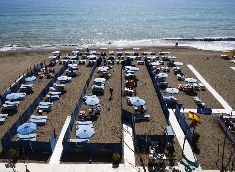 Mediterraneo carihuela hotel torremolinos costa del sol for Hotel luxury costa del sol torremolinos