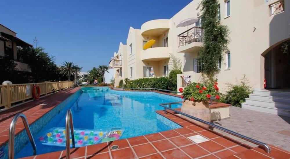Holidays at Lambrinos Suites in Platanias Chania, Chania
