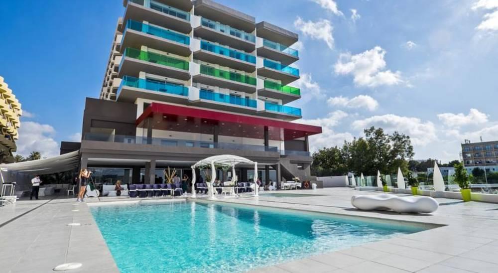 Holidays at AxelBeach Ibiza Suites in San Antonio Bay, Ibiza