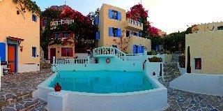 Korifi Suites & Apartments