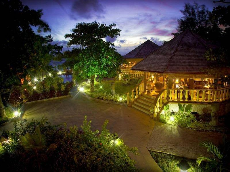 Holidays at Castello Beach Hotel in Praslin, Seychelles