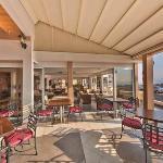 Mackenzie Beach Hotel & Apartments Picture 4