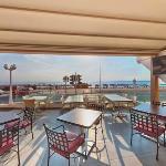 Mackenzie Beach Hotel & Apartments Picture 6
