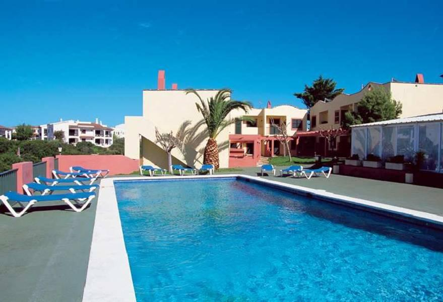 Holidays at Dianas II Apartments in Cala'n Forcat, Menorca
