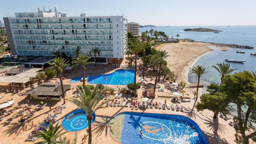 Holidays at Ibiza The Twiins in Playa d'en Bossa, Ibiza