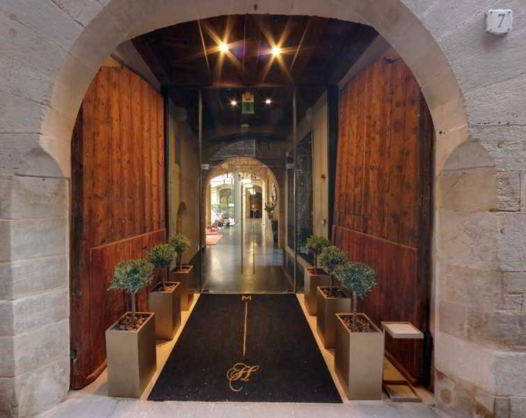 Holidays at Mercer Hotel Barcelona in Gothic Quarter, Barcelona
