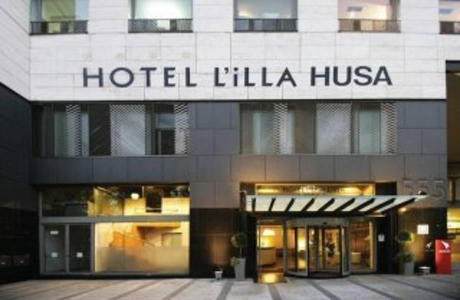 Holidays at Husa Illa Hotel in Greater Barcelona, Barcelona