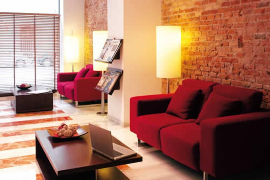Holidays at Serhs Carlit Hotel in Eixample, Barcelona