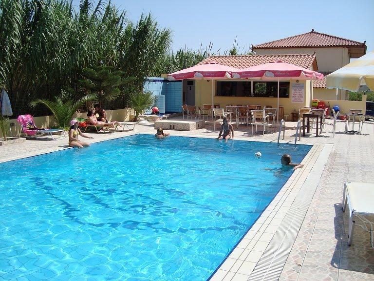 Holidays at Eleni Palace Hotel in Amoudara, Crete