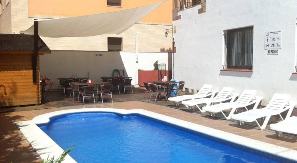 Holidays at Eton Apartments in Lloret de Mar, Costa Brava