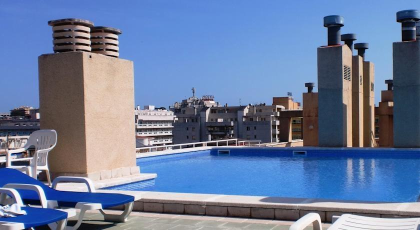 Holidays at Park Suites Salou Apartments in Salou, Costa Dorada