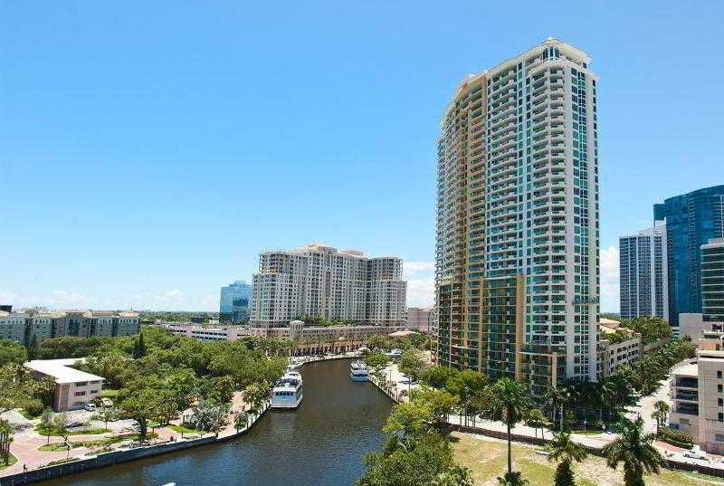 Holidays at Riverside Hotel in Fort Lauderdale, Florida