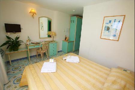 Holidays at Solemar Terme Hotel in Ischia, Neapolitan Riviera
